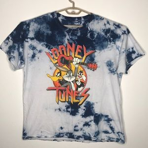 Looney Tunes short sleeve shirt